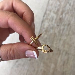 Jewelry - Gold Ring Bundle Size 7 Heart and Bars